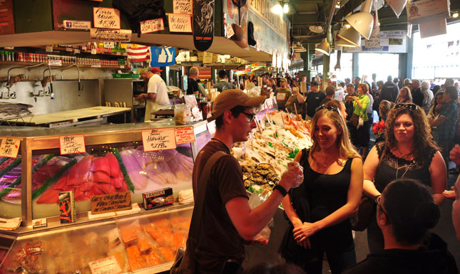 where to eat at pike market seattle